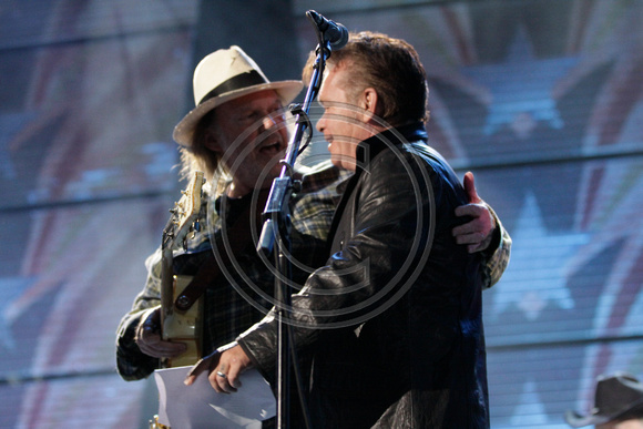 Neil Young and John Mellencamp at Farm Aid 25